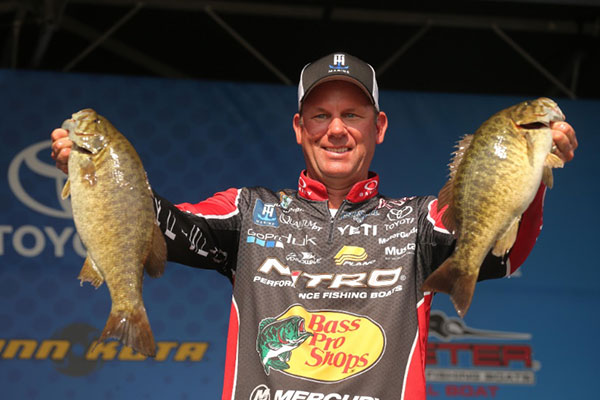 Kevin VanDam Maintains Slim Lead In Bassmaster Elite Series On The St. Lawrence River