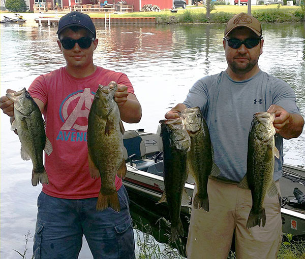 Paw paw lake continues to crank out big limits for Michigan bass fishing tournaments