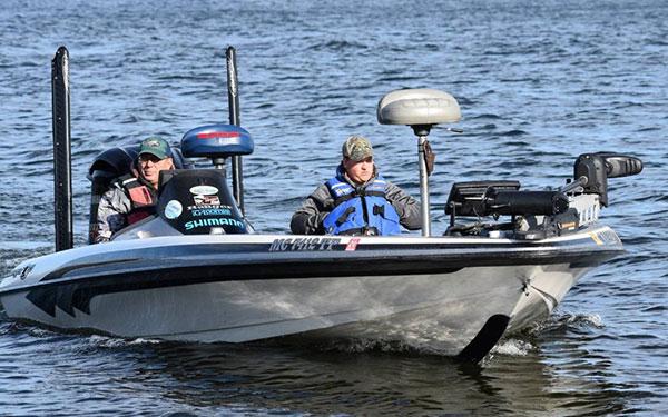Mangus wins michigan s first ilf event for Michigan fish size limits