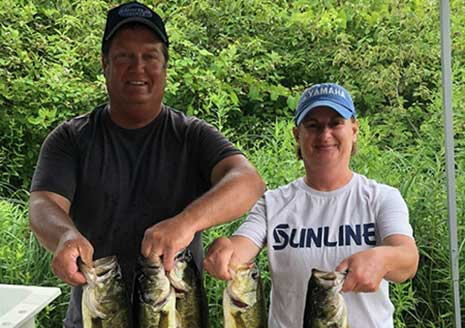 Hensleys Win at Fish Lake with Grubs and Frogs